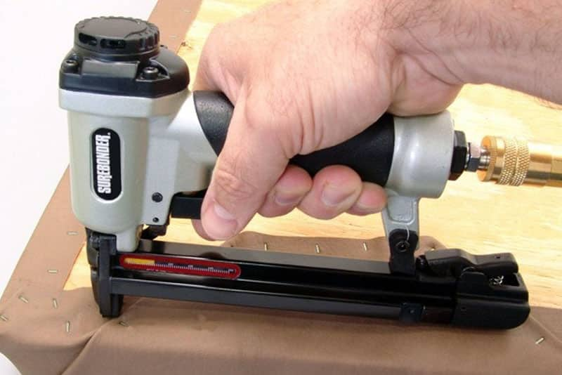 Top 10 Best Electric Staple Guns in 2019 - AWESOME Buyer's Guide