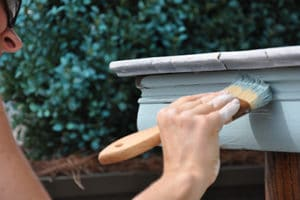 Using chalk paint brush