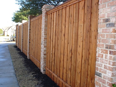 Best Fence Paint – Review and Buyer's Guide