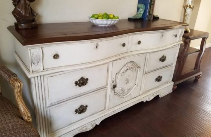 How to Use Chalk Paint on Furniture: Comprehensive Guide